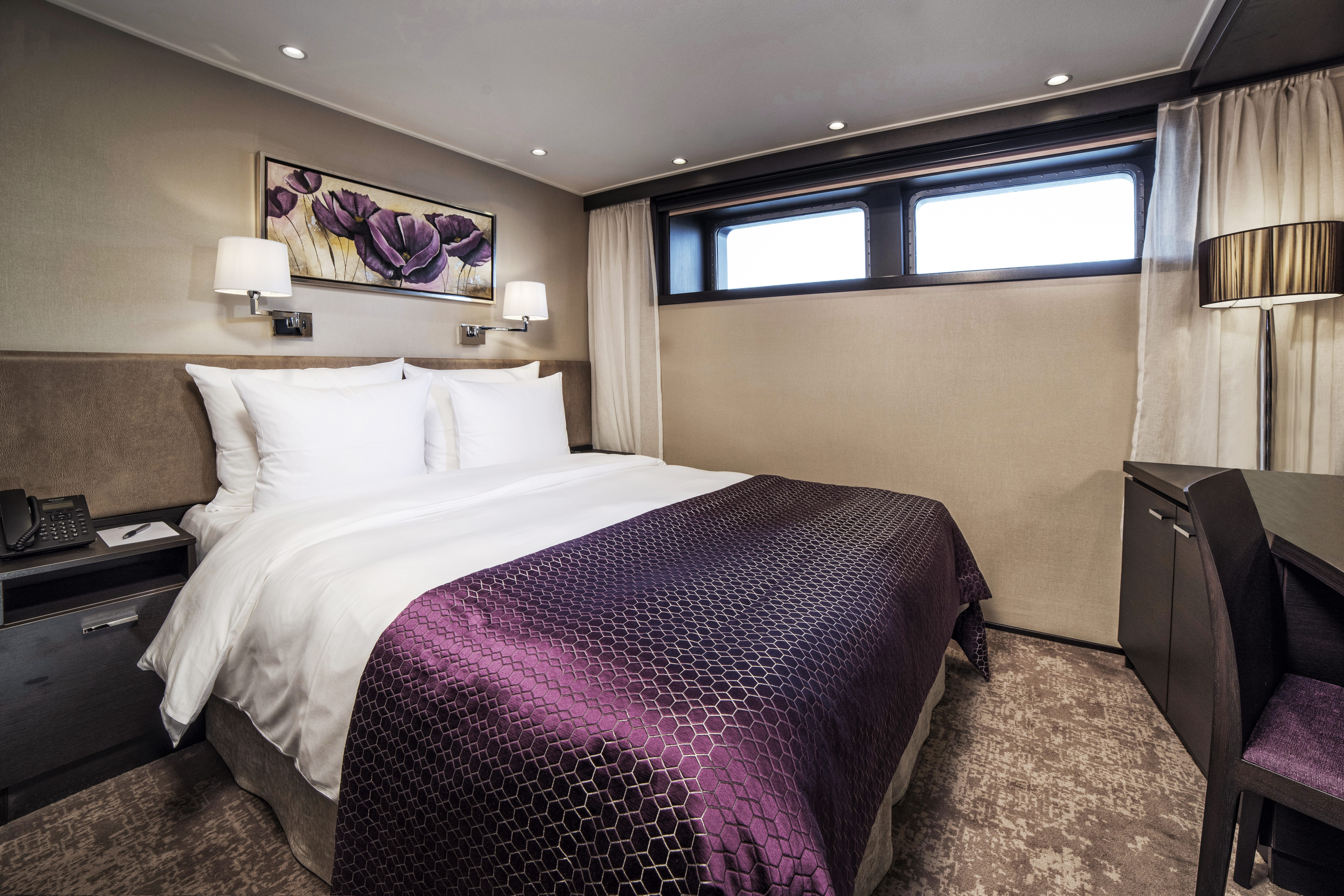 ENVISION_deluxe_stateroom-1.jpg