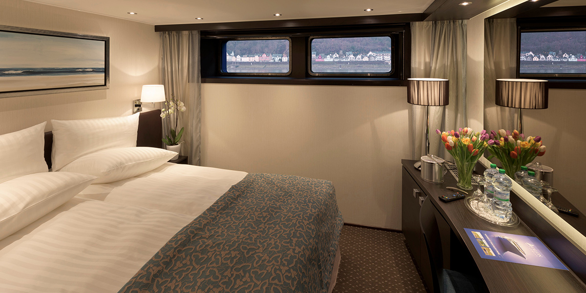 tranquilityii-deluxe-stateroom.jpg